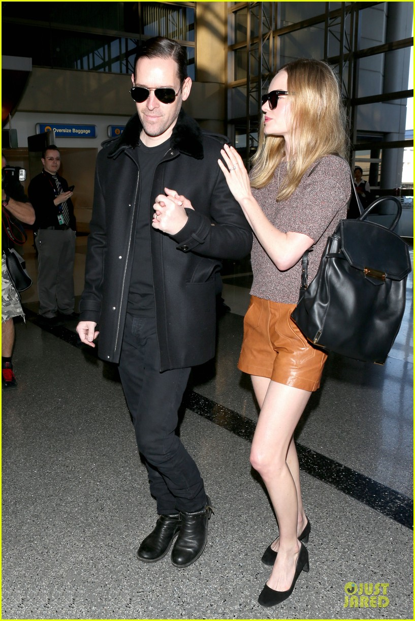kate bosworth michael polish hold hands for france getaway 23