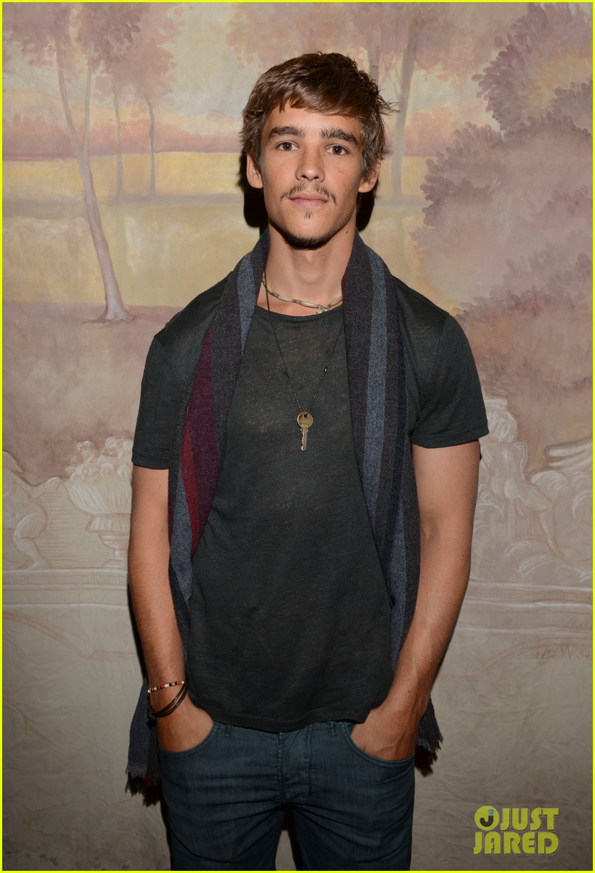 brenton thwaites the signal at sundance 03