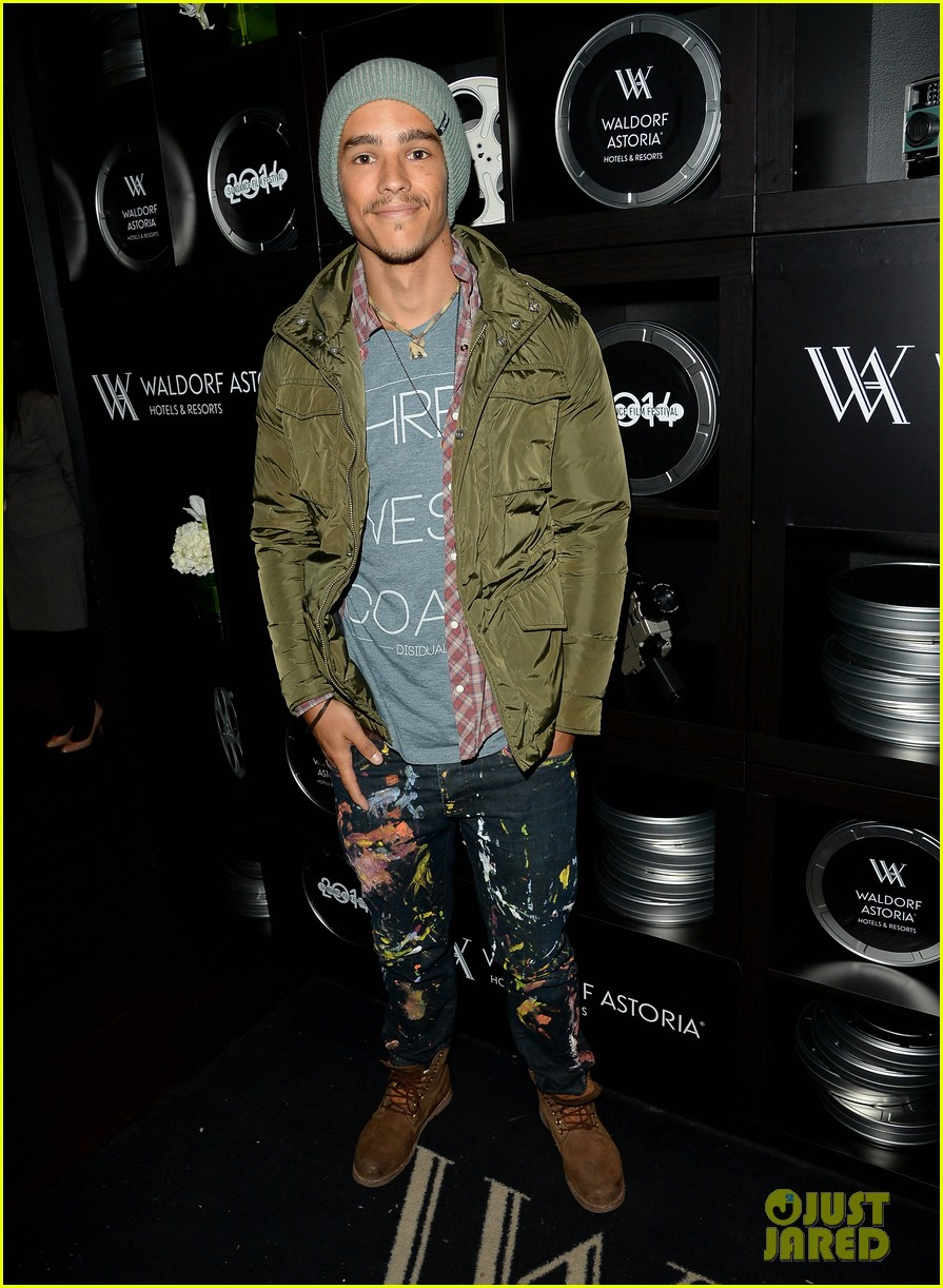brenton thwaites the signal at sundance 06