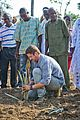 gerard butler visits liberia with marys meals all the photos 41