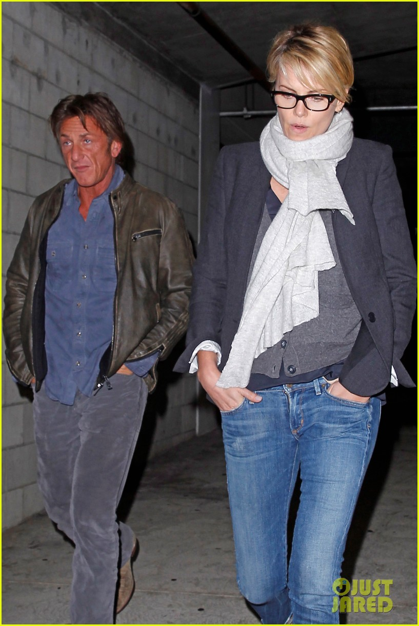 charlize theron sean penn movie date night 16