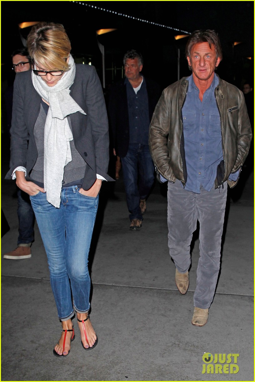 charlize theron sean penn movie date night 203024579