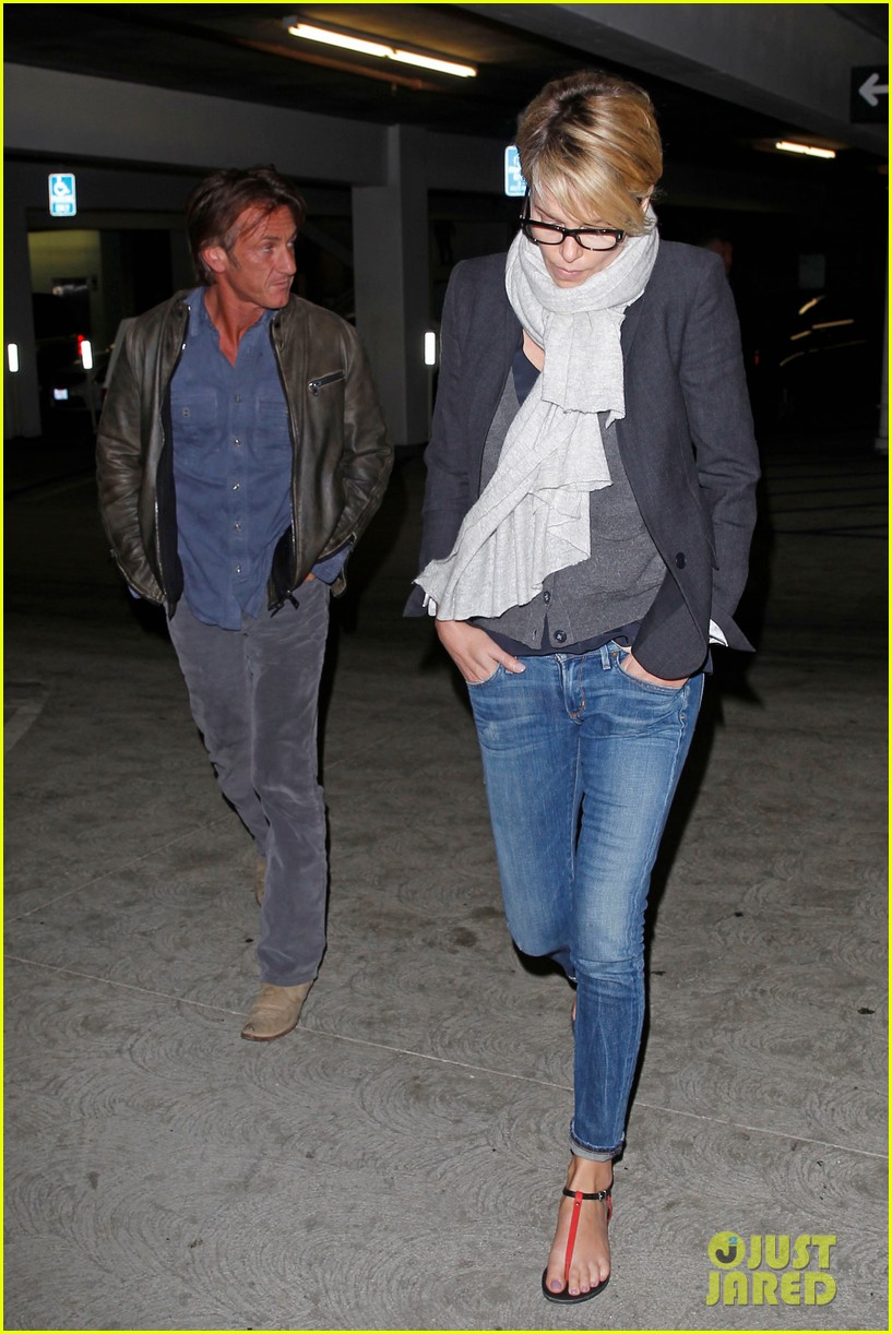 charlize theron sean penn movie date night 25