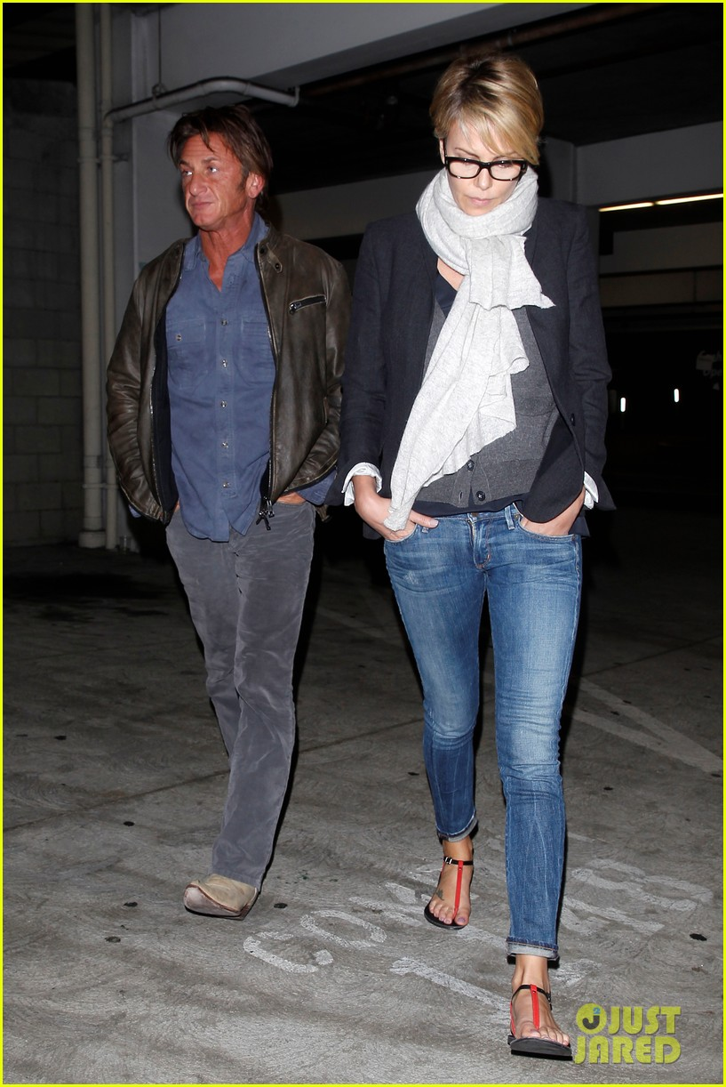 charlize theron sean penn movie date night 34