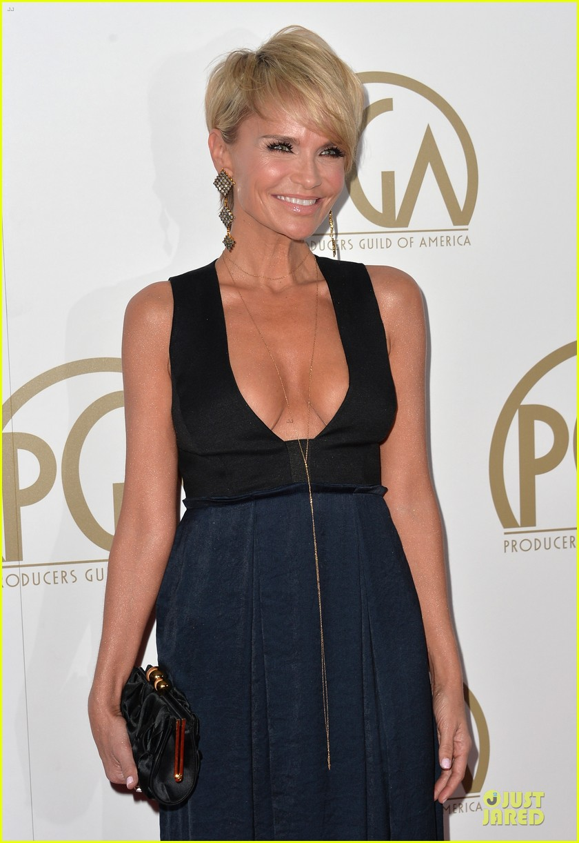 kristin chenoweth producers guild awards 2014 red carpet 043035899
