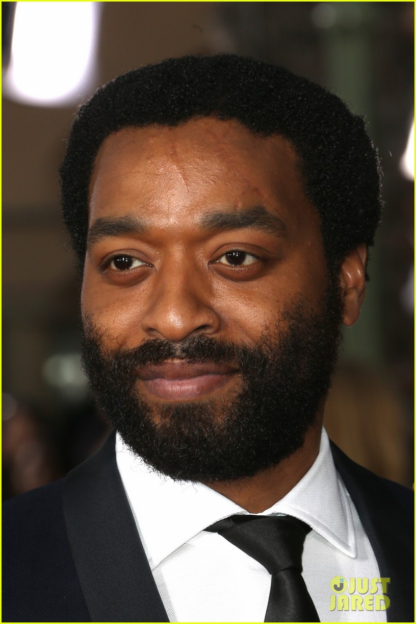 chiwetel ejiofor barkhad abdi sag awards 2014 red carpet 033034849