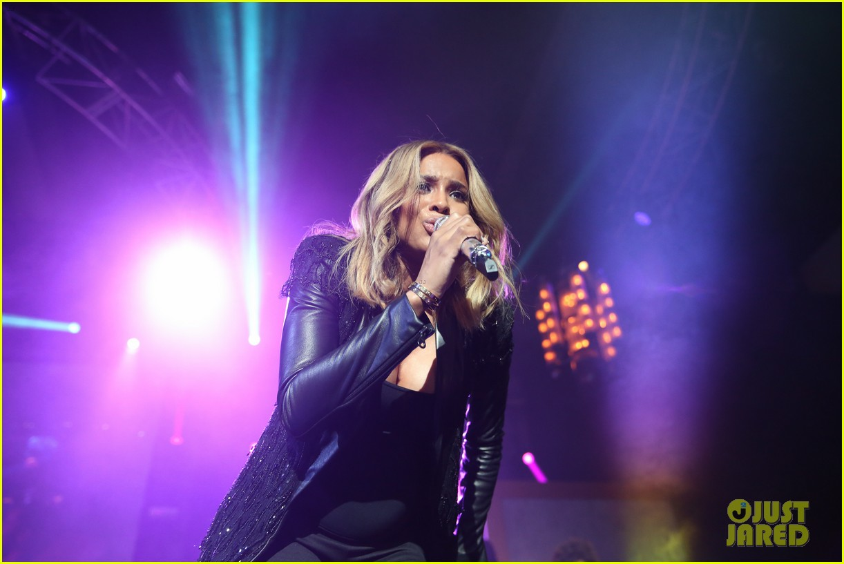 pregnant ciara performs at official grammys 2014 after party 173042020