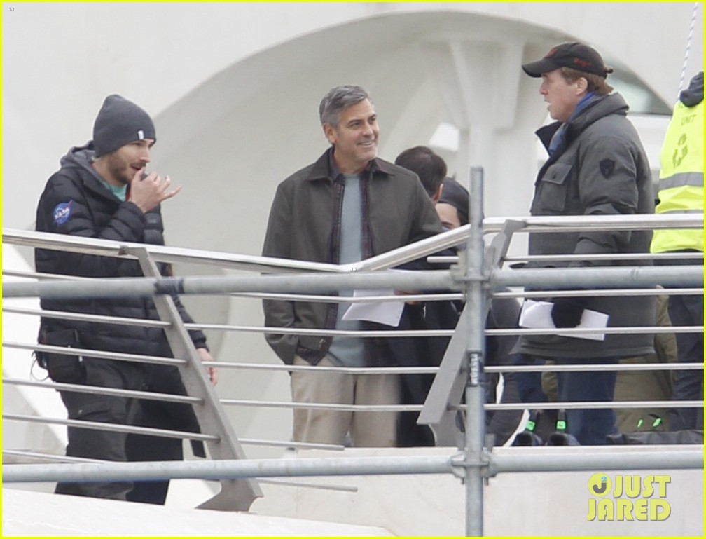 george clooney begins filming tomorrowland in spain 08