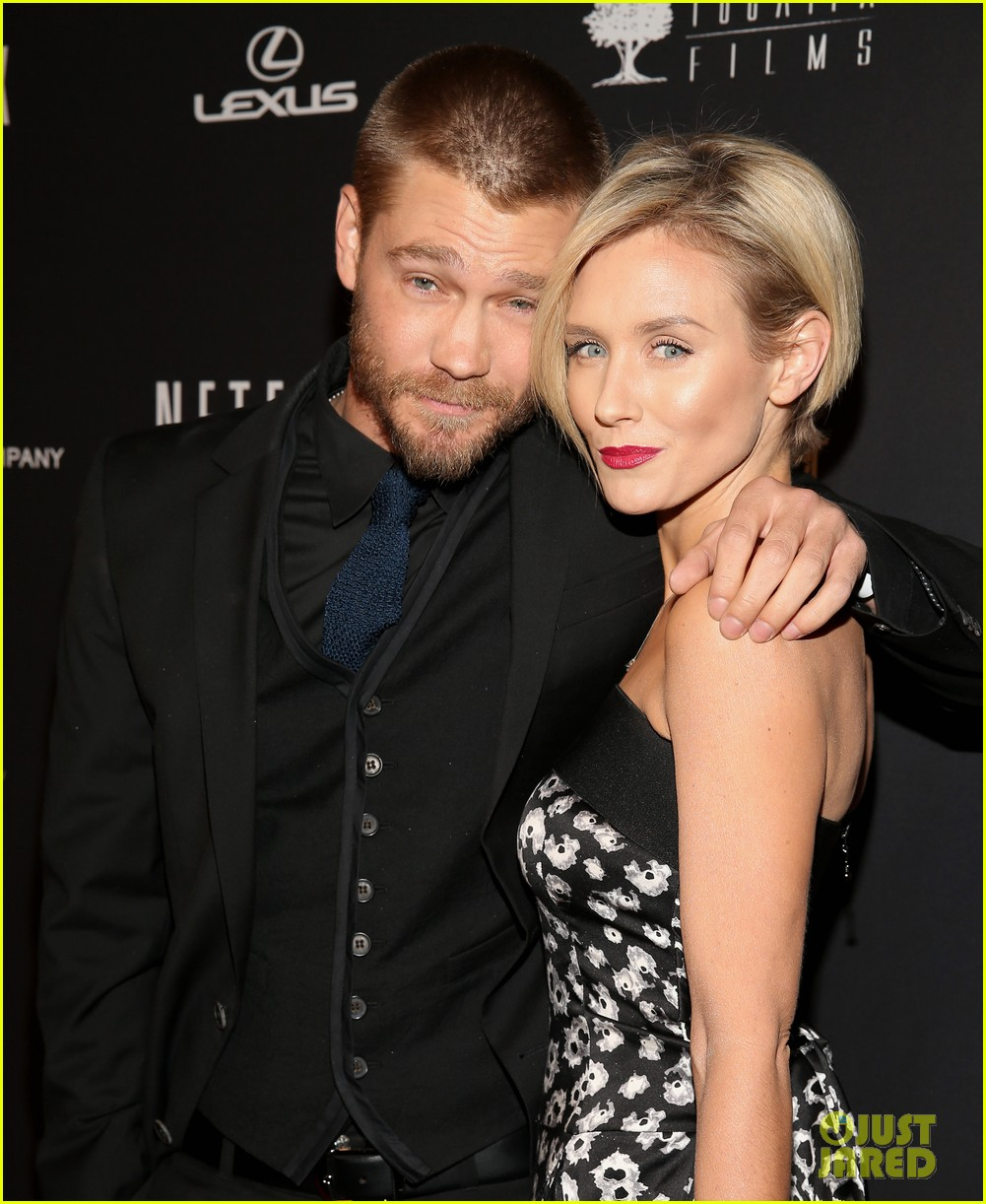 chad michael murray nicky whelan golden globes 2014 02