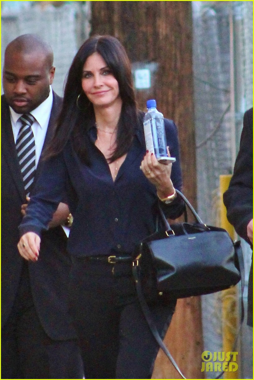 courteney cox cougar town returns tonight 02