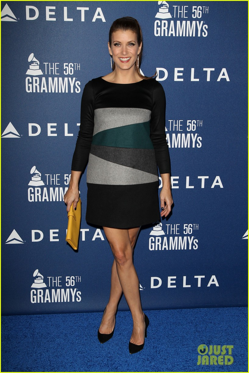 kaley cuoco ryan sweeting delta airlines pre grammy party 12