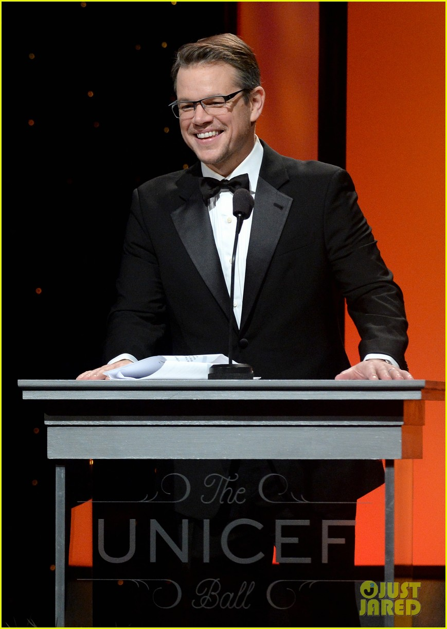 matt damon kristin chenoweth unicef ball 2014 01
