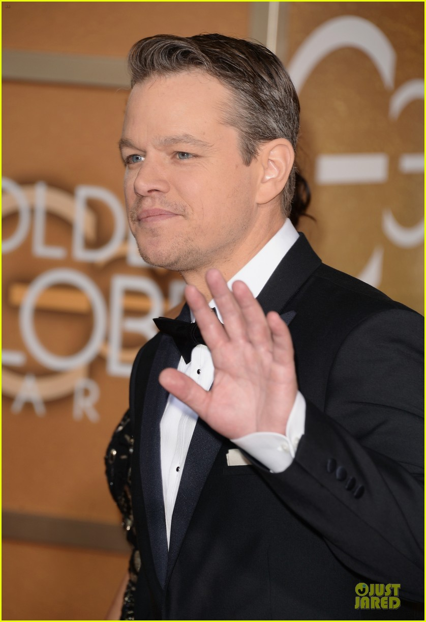 matt damon golden globes 2014 with wife luciana 083029483