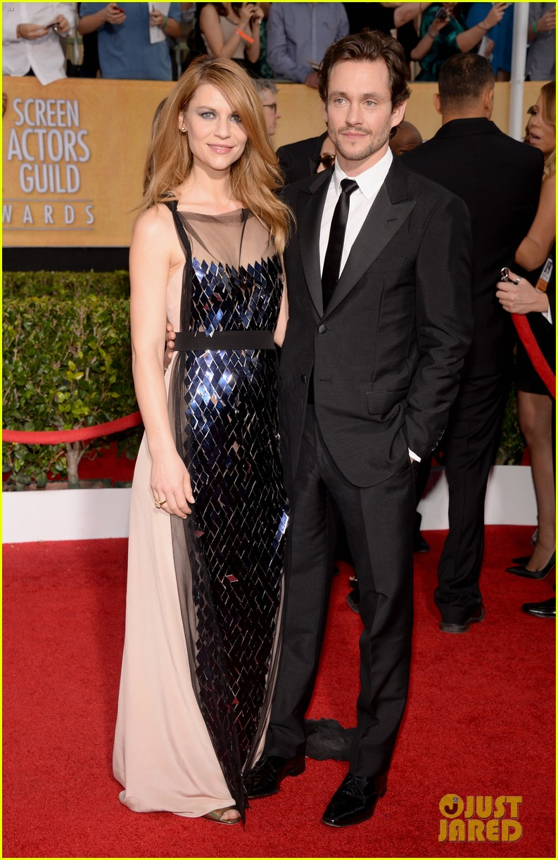 claire danes sag awards 2014 red carpet with hugh dancy 05