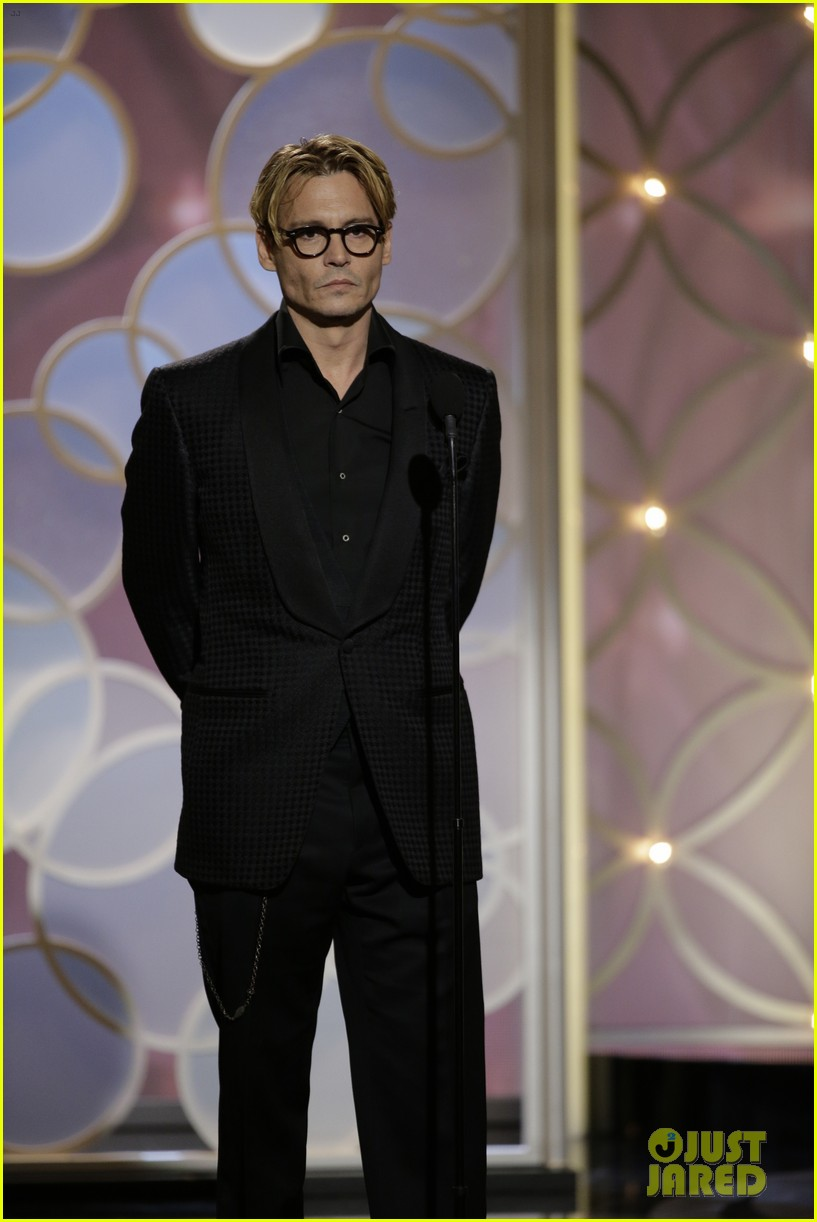 johnny depp robert downey jr golden globes 2014 013029837