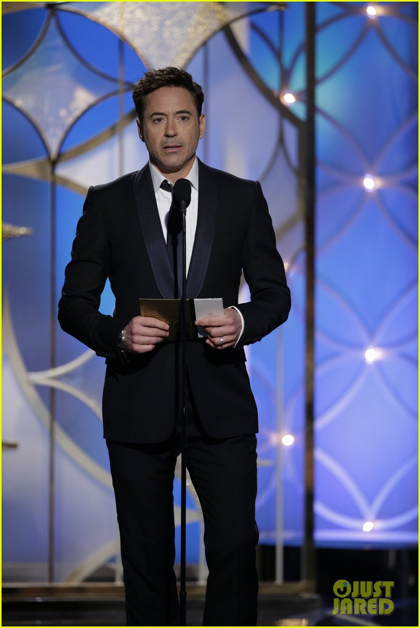 johnny depp robert downey jr golden globes 2014 05