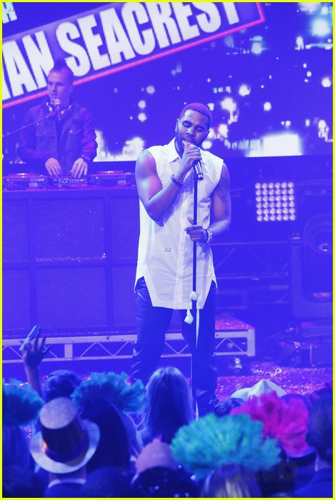 jason derulo performs on new years rocking eve 2014 video 04