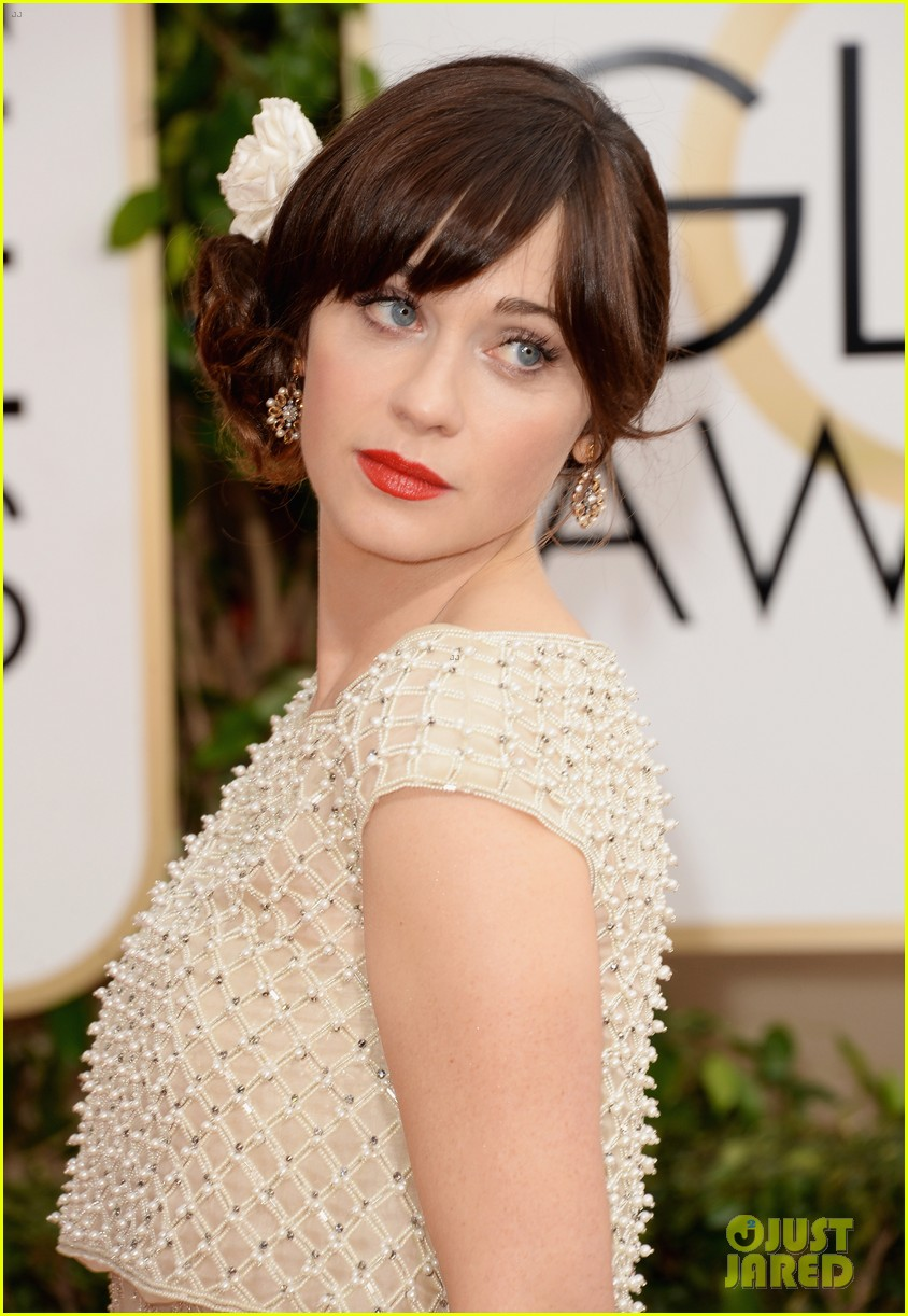 zooey deschanel golden globes 2014 red carpet 02