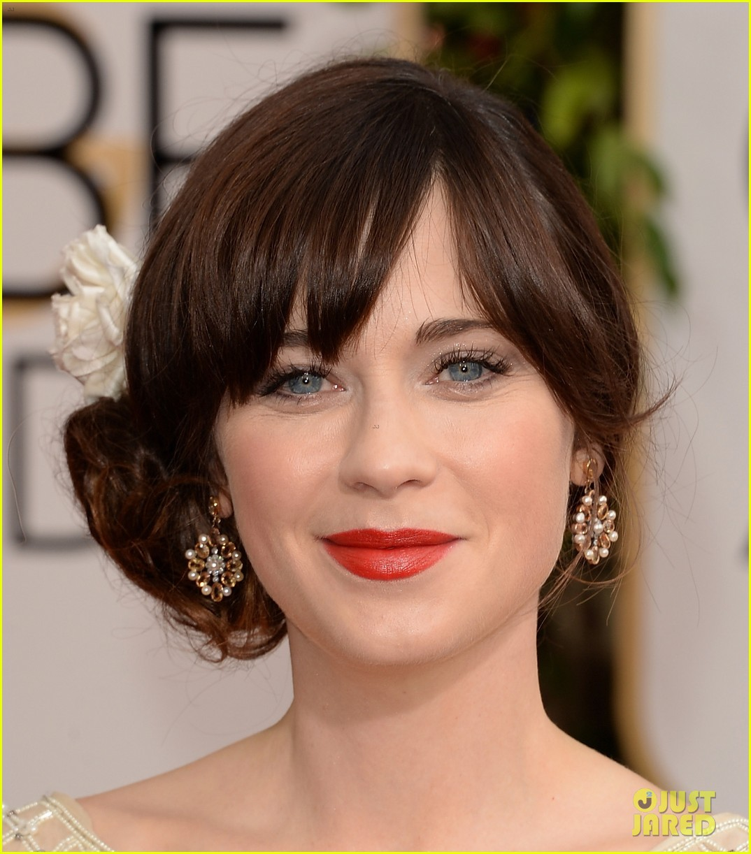 zooey deschanel golden globes 2014 red carpet 04