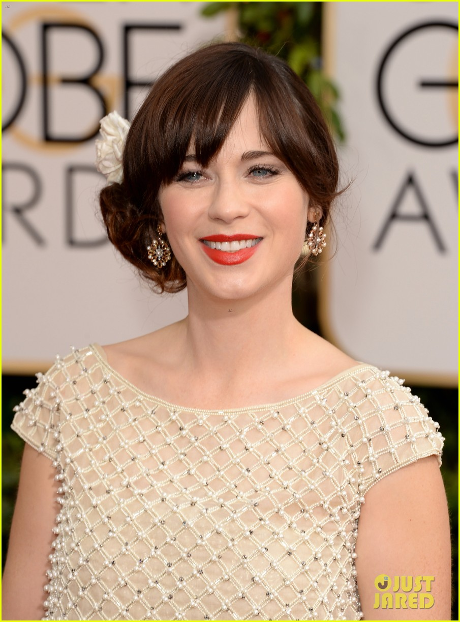 zooey deschanel golden globes 2014 red carpet 07