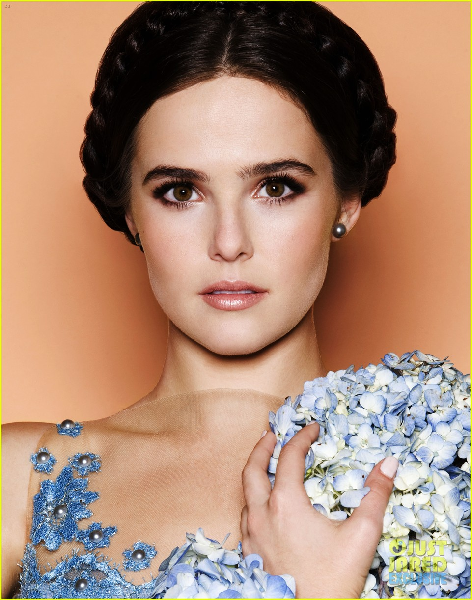 zoey deutch just jared spotlight of the week exclusive 033038539