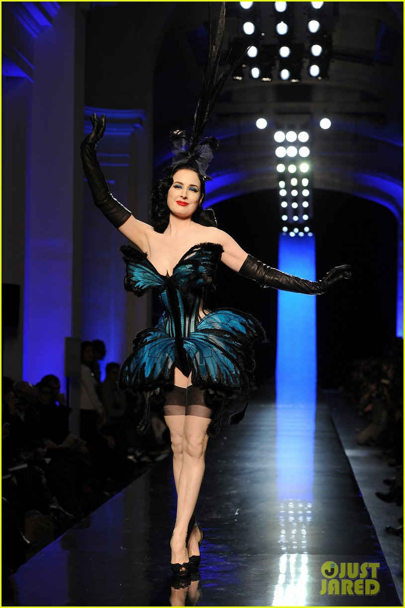 dita von teese hits runway for john paul gaultier show 073037770