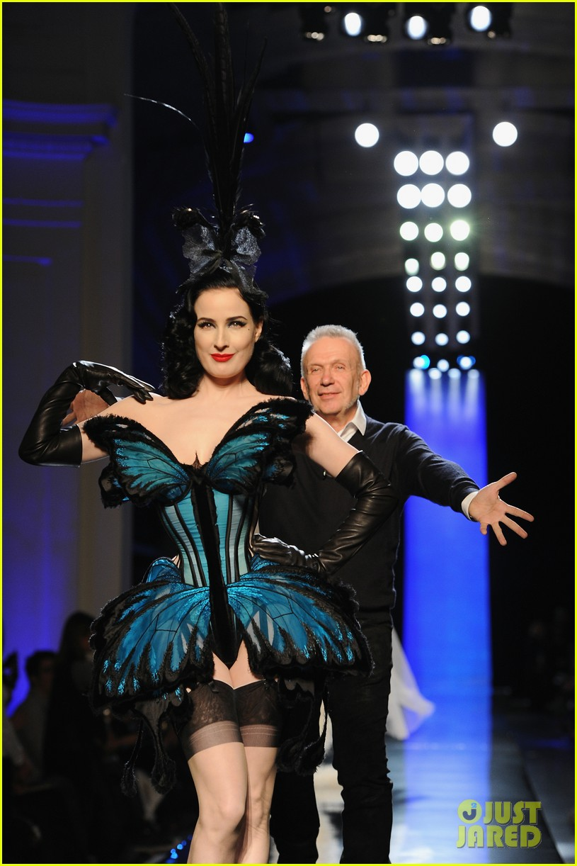 dita von teese hits runway for john paul gaultier show 113037774