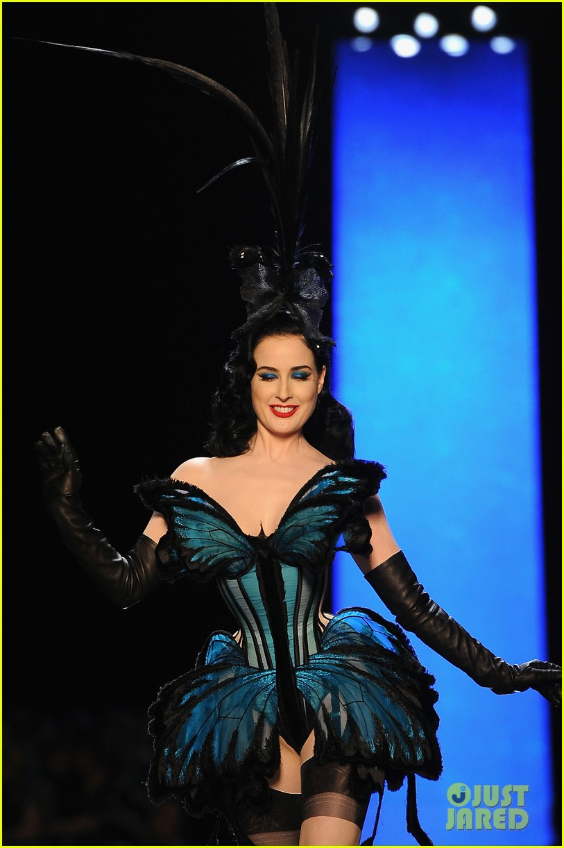 dita von teese hits runway for john paul gaultier show 15