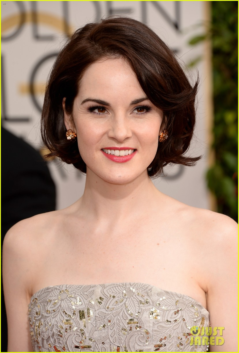 michelle dockery golden globes 2014 red carpet 043029127