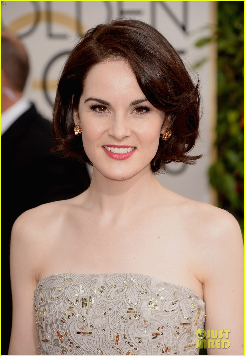 michelle dockery golden globes 2014 red carpet 07