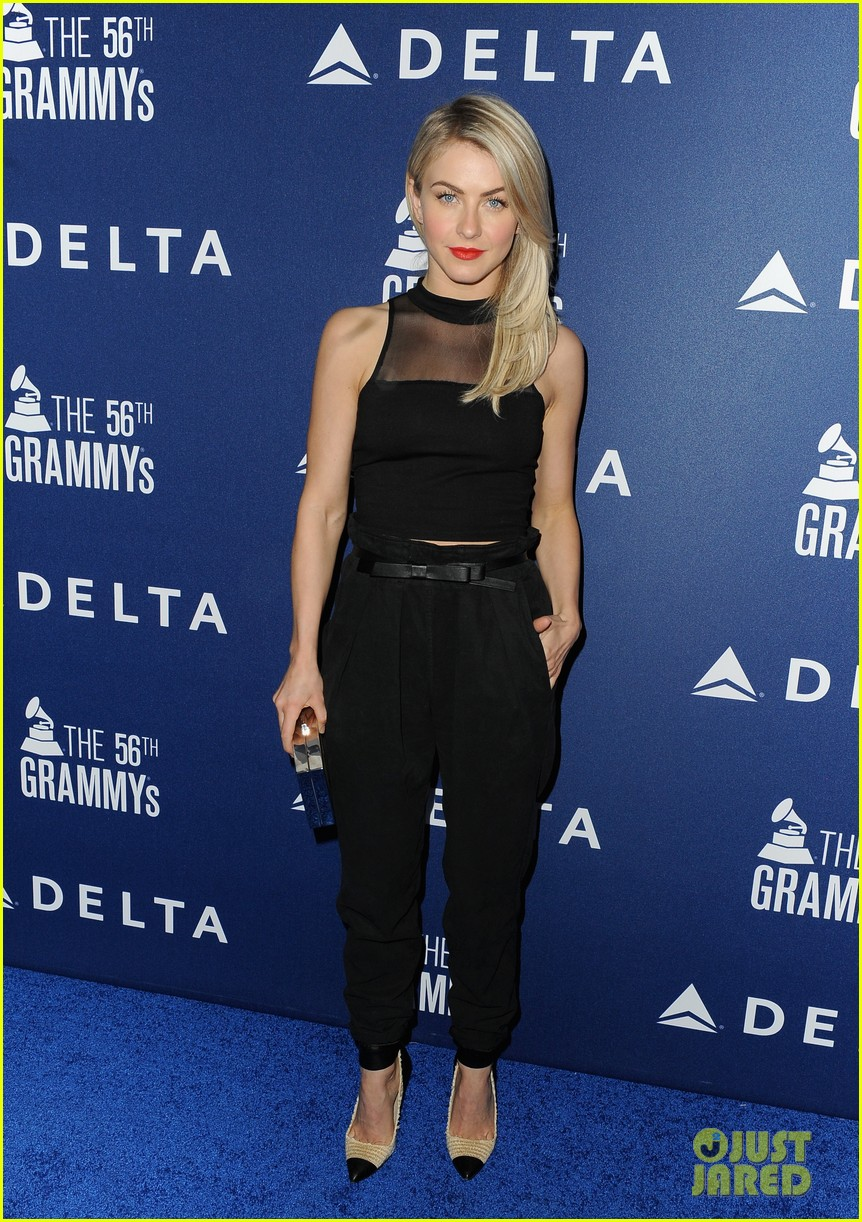 hilary duff julianne hough delta airlines pre grammy party 04
