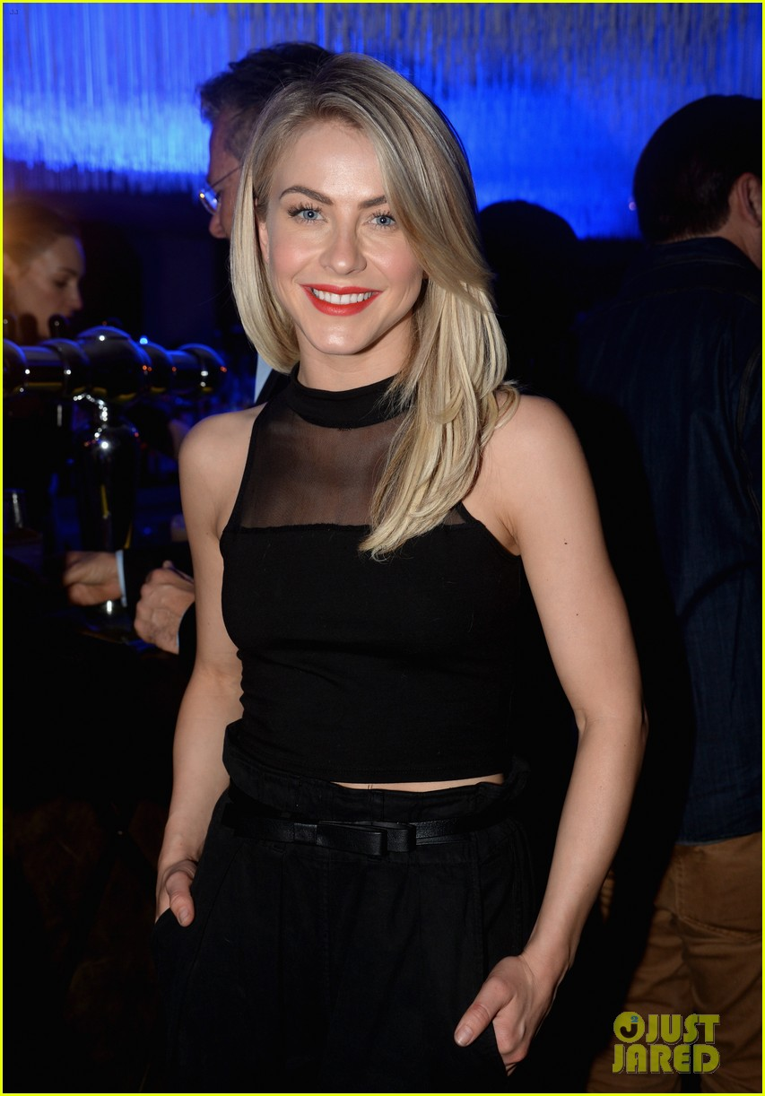 hilary duff julianne hough delta airlines pre grammy party 223039120