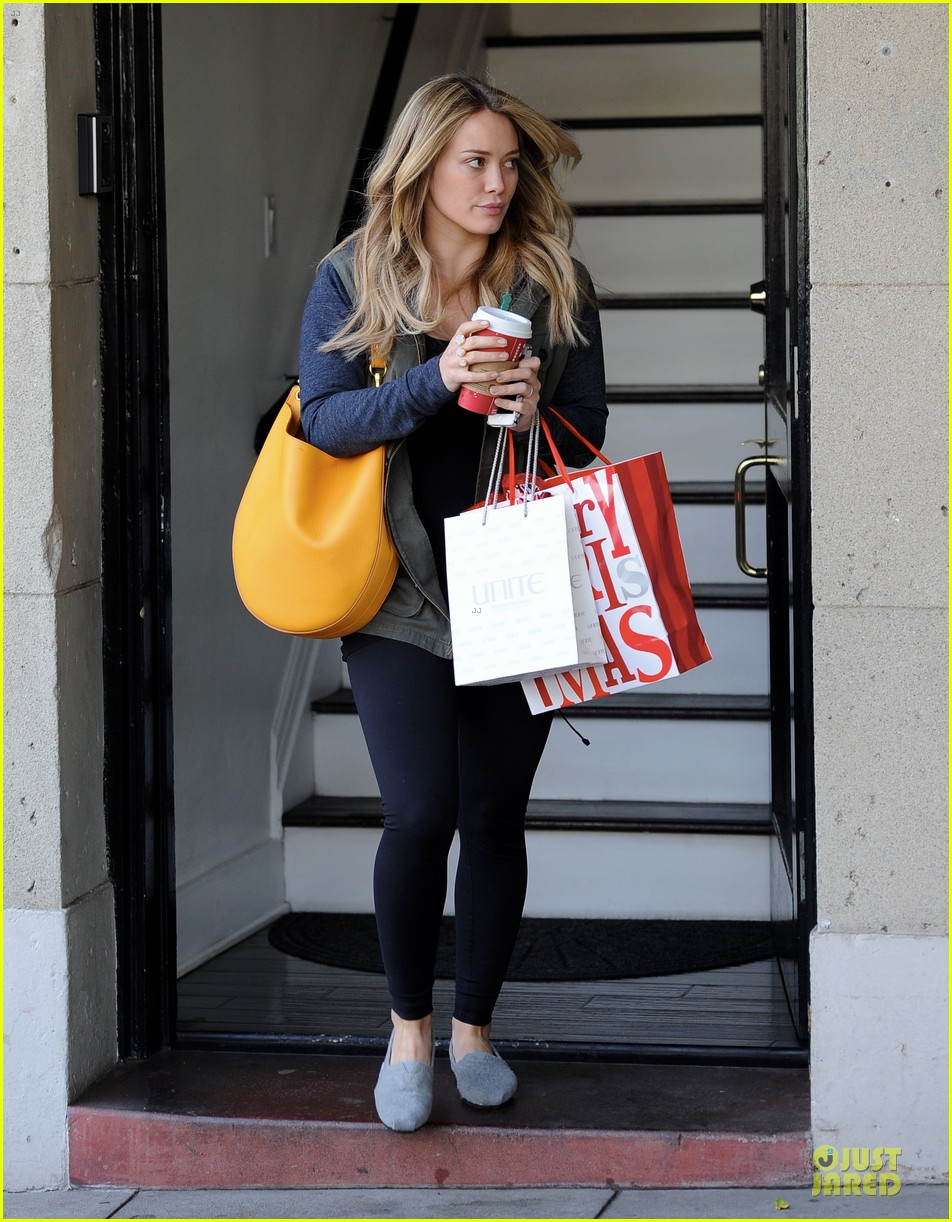 hilary duff park date with luca after hair appointment 133022416
