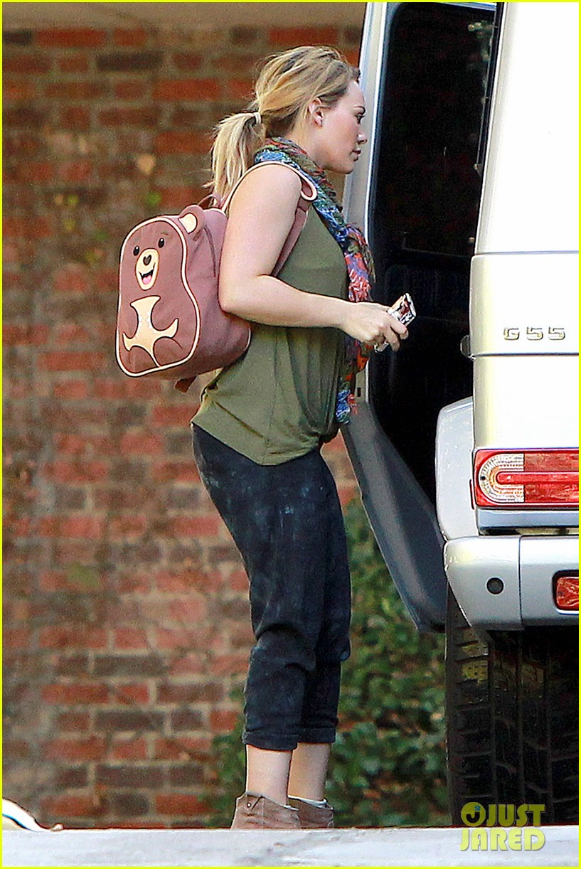 hilary duff new tv land show with sutton foster 13