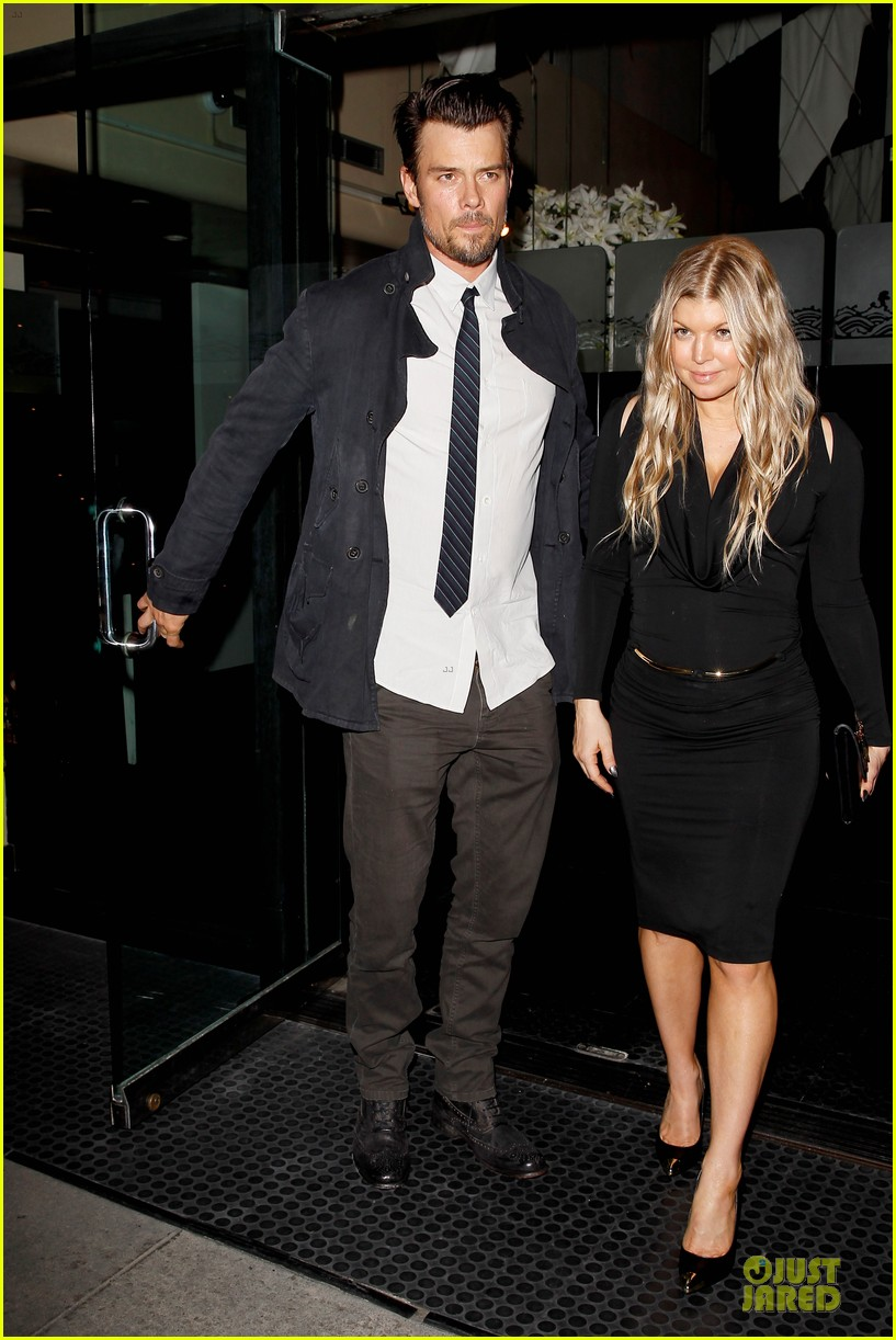 fergie josh duhamel celebrate fifth wedding anniversary 063027850