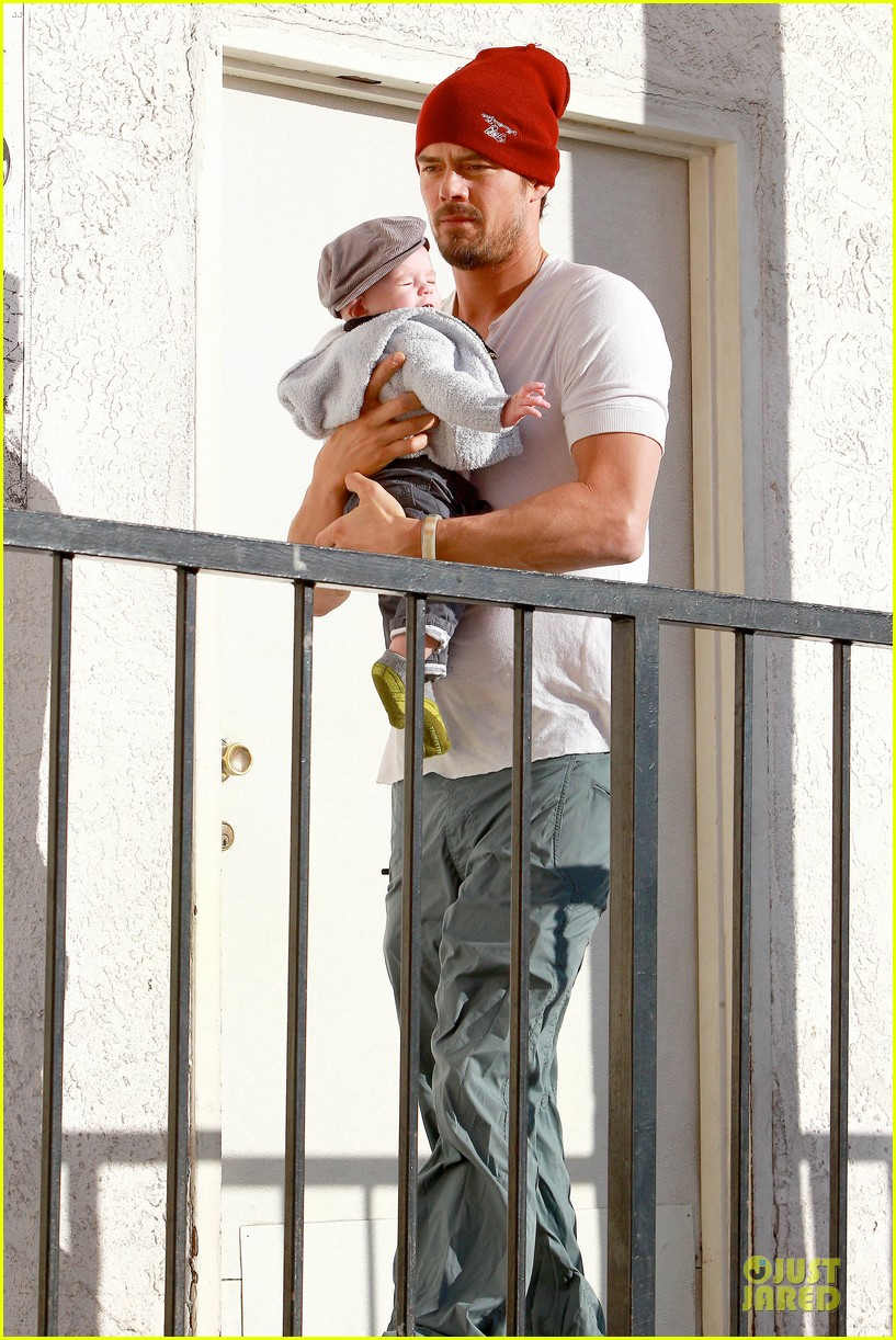 fergie josh duhamel celebrate fifth wedding anniversary 203027864