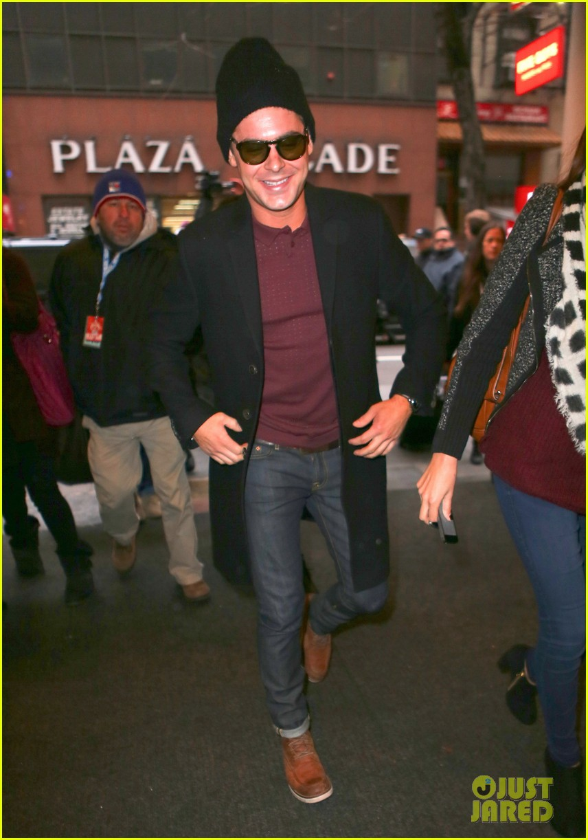 zac efron braves snow for today show visit 06