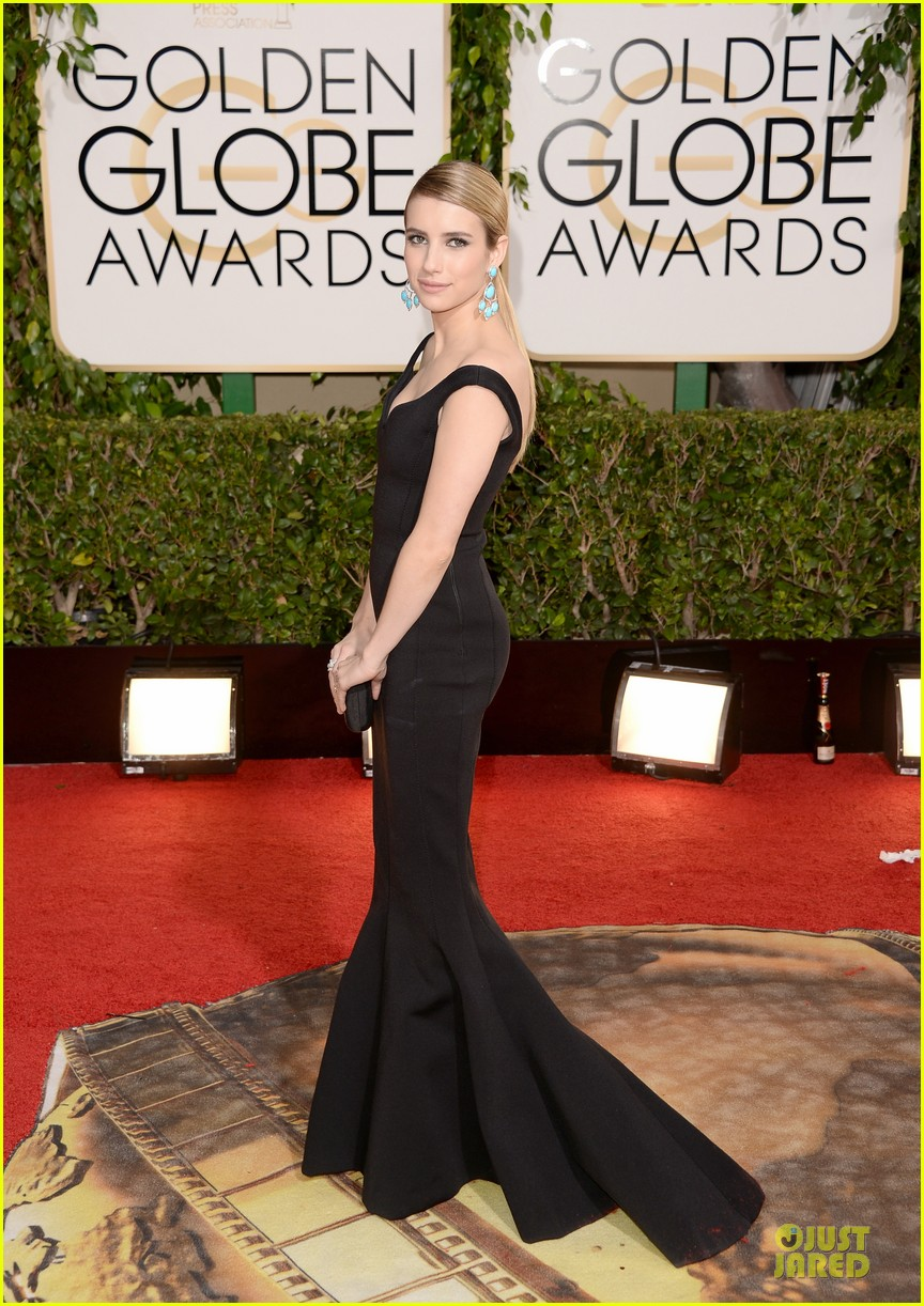 emma roberts golden globes 2014 red carpet 06