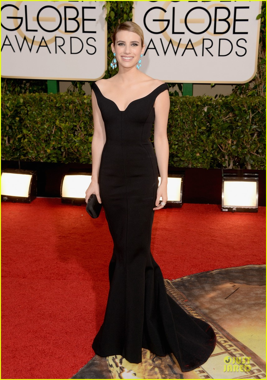 emma roberts golden globes 2014 red carpet 11