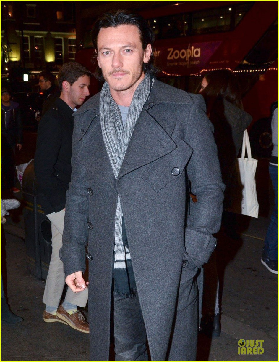 luke evans the weir press night performance 043037538
