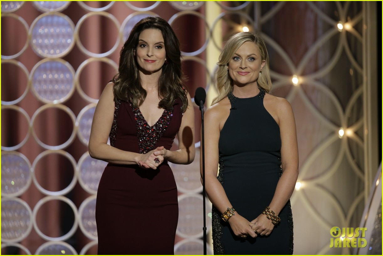 tina fey amy poehler golden globes opening monologue video watch now 02