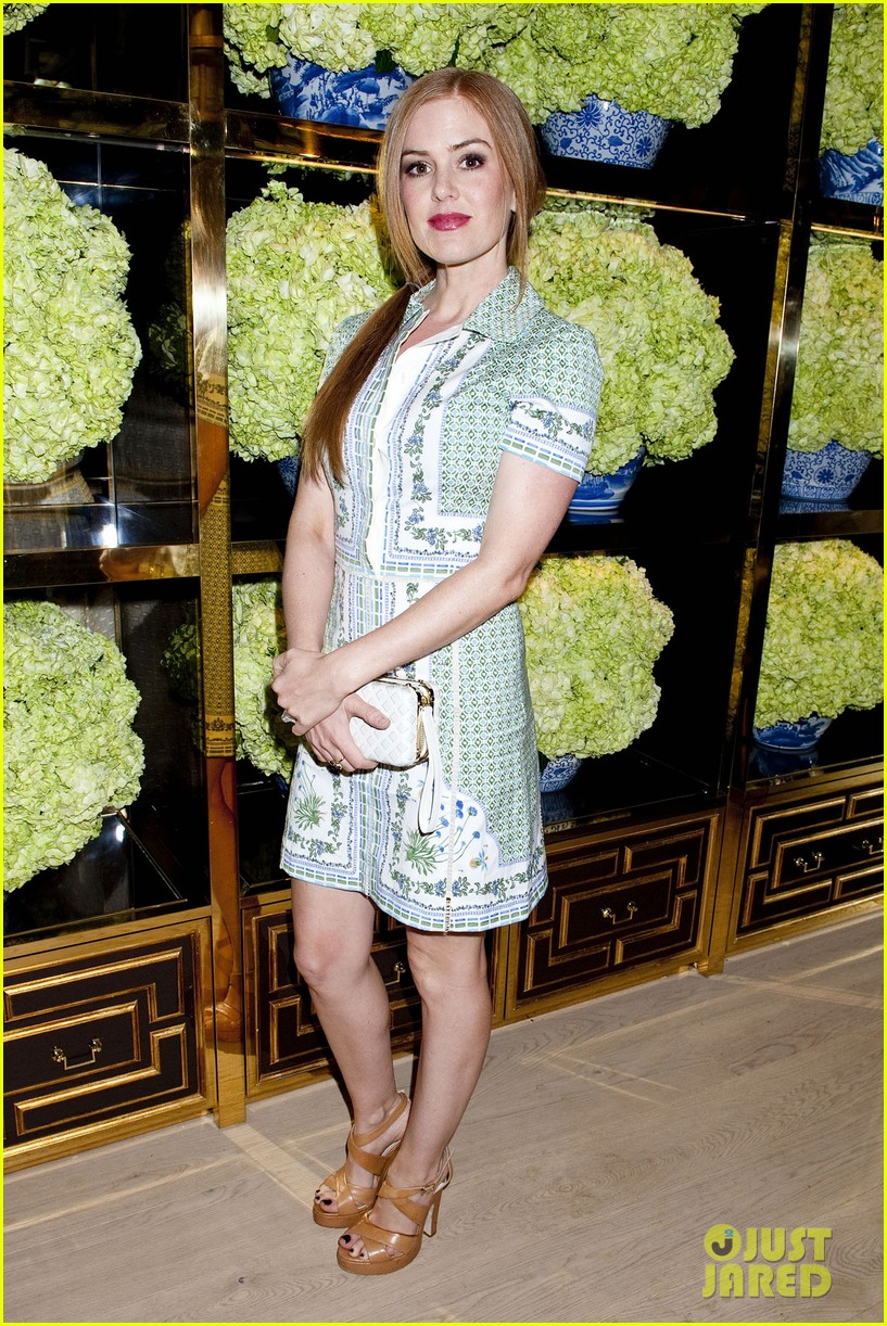 isla fisher ahna oreilly tory burch flagship store opening 01