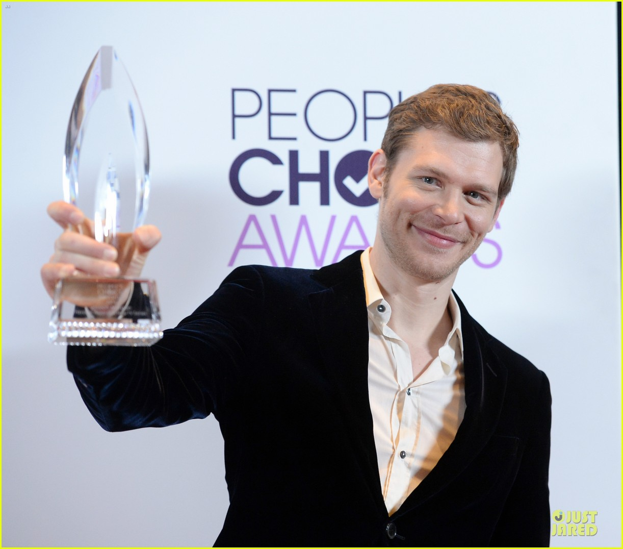 olga fonda joseph morgan peoples choice awards 2014 11