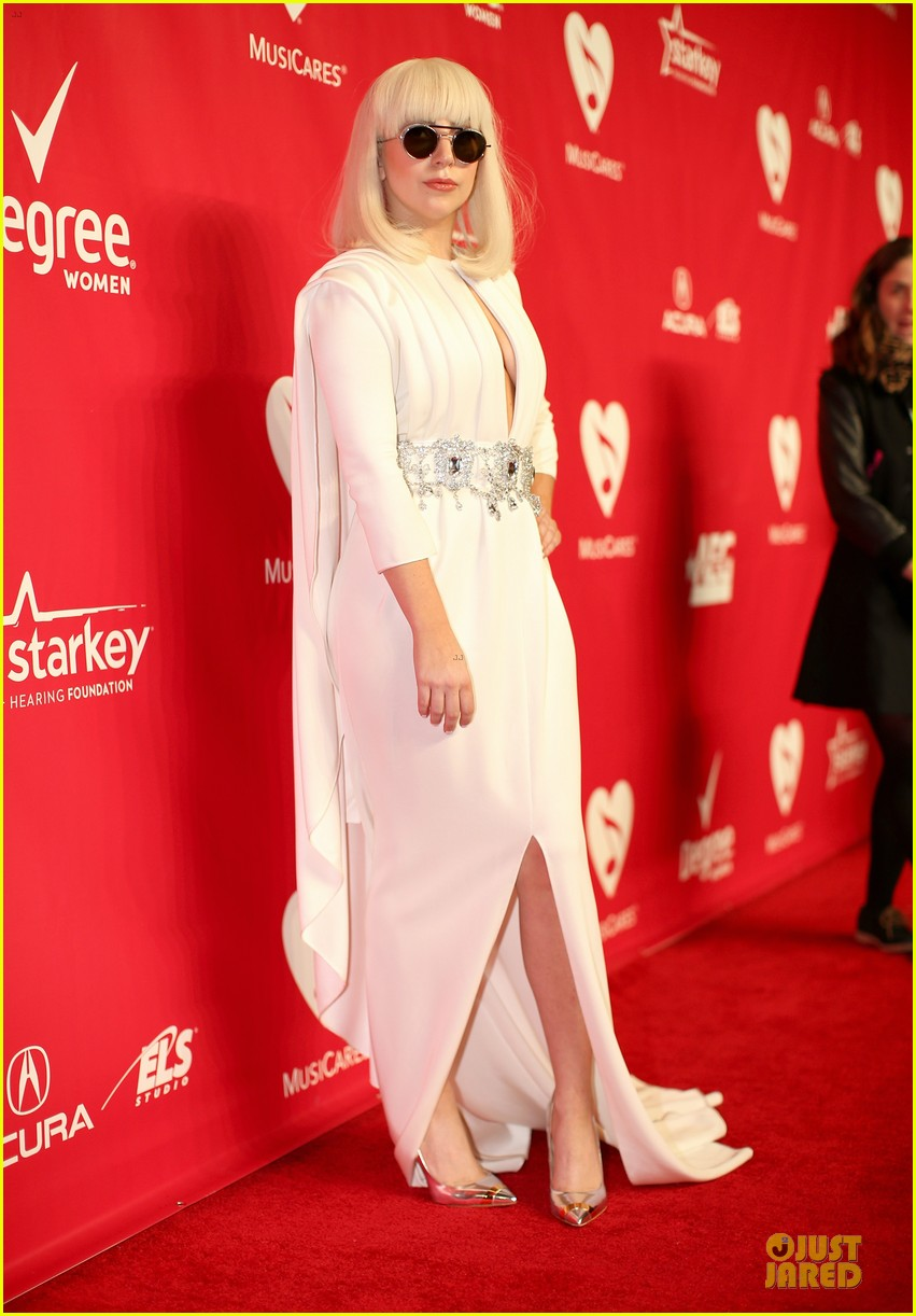 lady gaga white cut out dress at musicares gala 2014 10