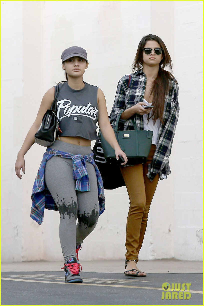 selena gomez shops before hanging out with justin bieber 01