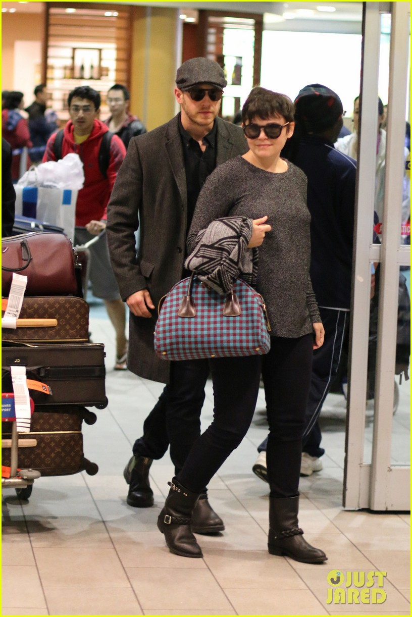 ginnifer goodwin josh dallas look so in love in vancouver 053023534