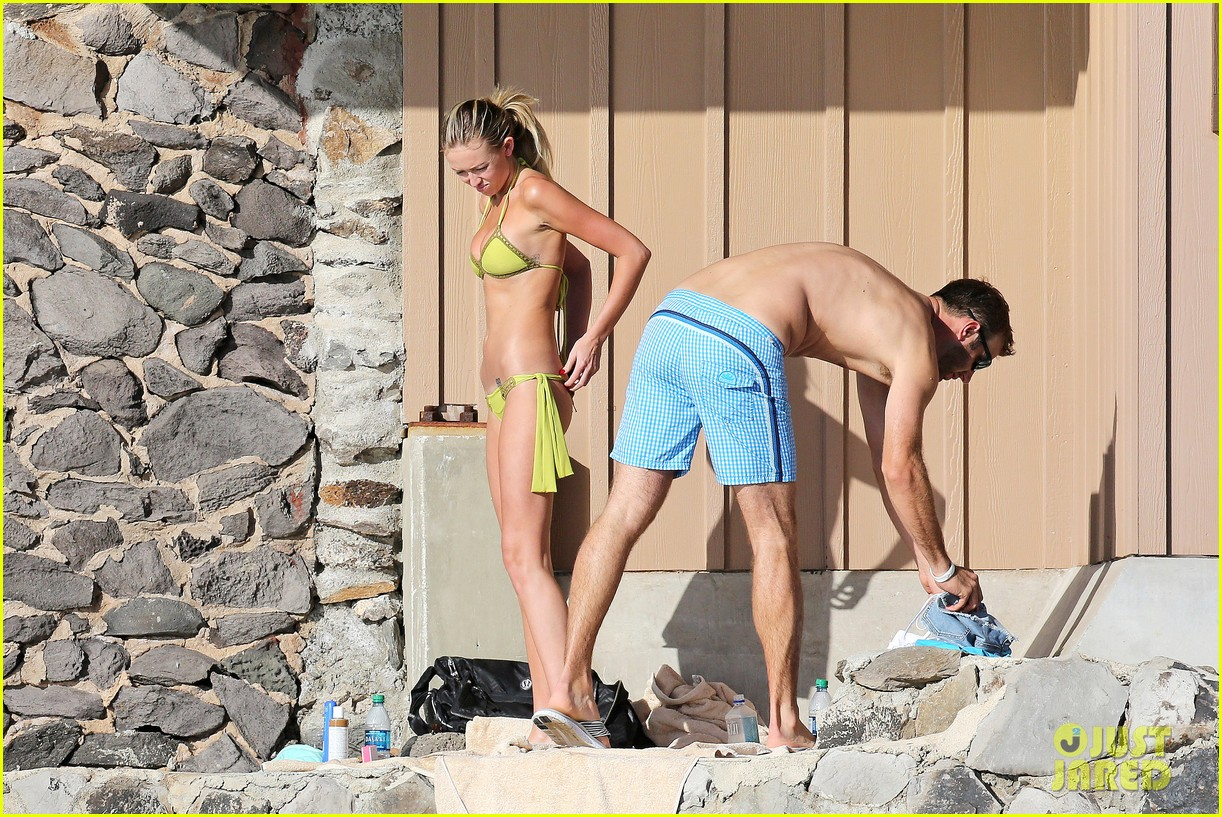 paulina gretzky golfer dustin johnson beach bods in hawaii 08