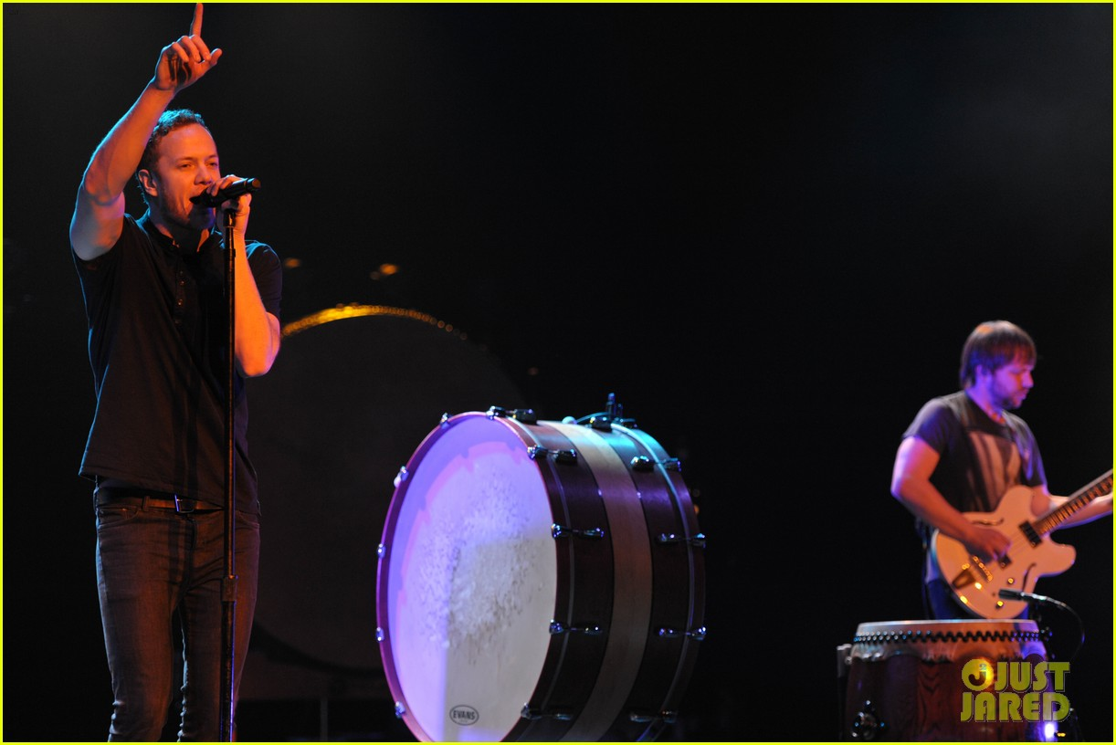 neil patrick harris alexander ludwig imagine dragons concert 103039218
