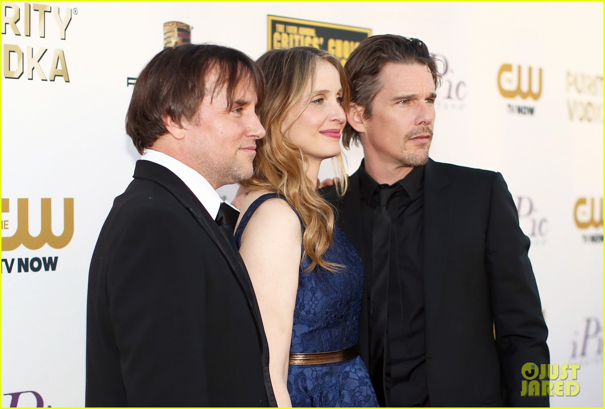 ethan hawke julie delpy win at critics choice awards 2014 063033130