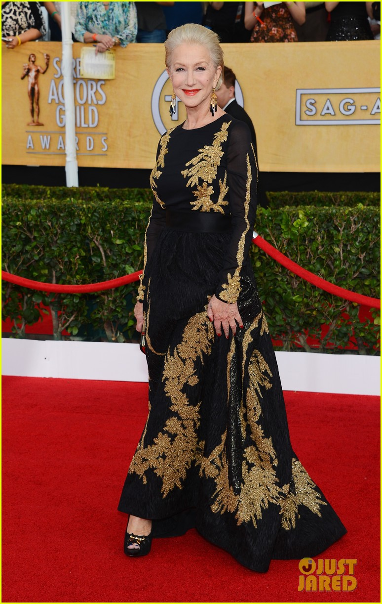 helen mirren sag awards 2014 red carpet 01